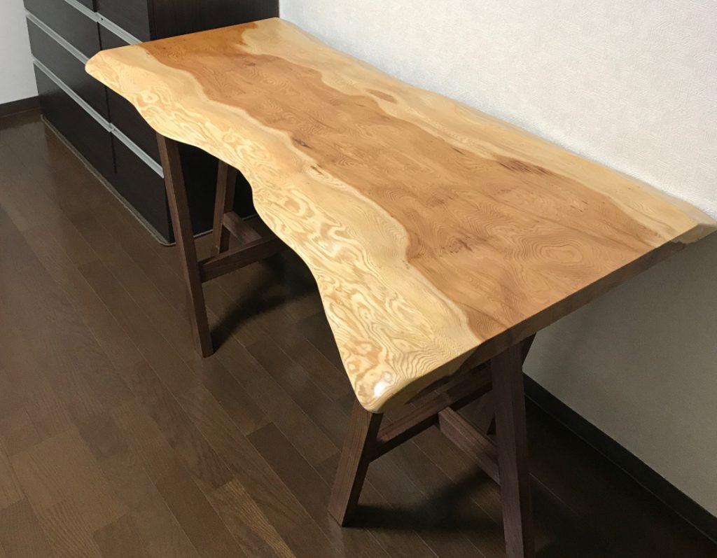 秋田天然杉 無垢一枚板テーブルお届けしました!