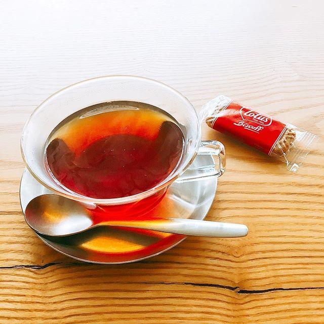 涼しくなりホットティーが恋しい時期になりましたね。 写真の紅茶は「ディンブラ」 アルタナカフェでは他に ・ニルギリ ・アッサム ・ctcmilk(ミルクティー用) をご用意! お好みの紅茶をセレクトしてください(^^) アルタナカフェは本日も10時から17時までのオープンです。