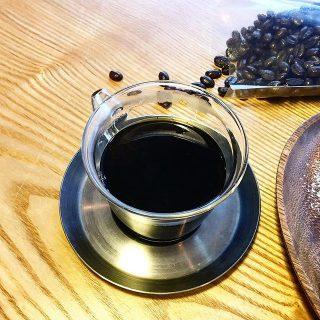 本日朝カフェの日! 8:00-10:00まで ホットサンドとジャムパレードのトーストを召し上がれます。 10時から15時までは特別営業となります。