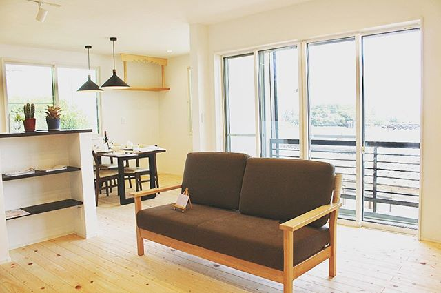 【家具納品事例】-リノベーションにより雰囲気が一新されたお住まいに、-1