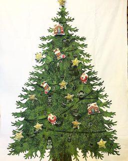 クリスマスまであと1ヶ月! 今年もnunocotoさんのタペストリーを飾らせてもらいました(^^) アルタナカフェは本日も10時から17時までのオープンです。