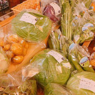 本日9:00-15:00アルタナカフェにてテーブルマーケット開催します こだわりの商品を揃えてお待ちしております カフェバイキングのサイダーカンは本日レモン味となっております