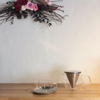 ︎ 温かい飲み物とともに午後のひとときを… ・ 【KINTO】 ︎CARAT TEAPOT 600ml ¥2.800+税 ︎CAST TEA CUP & SAUCER ¥1.500+税 ・ 本日1/19(日) 17:00まで営業しており。 ・