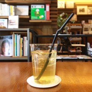 「ALTANAオリジナルブレンドHerb tea」 スッキリ飲みやすいハーブティー! 整腸作用やリラックス効果が期待でき、食後にもおススメです *写真はアイスハーブティー