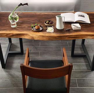 ︎ MUKU ten. ブラックウォールナットのしつらえ テーブル MUKU ten. ブラックウォールナット 椅子 MASTERWAL グレイズアームチェア ・ 明日3/14(土)は午前中、納品外出の為、11:30〜のオープンとなります。 ご了承ください?♀️ ・ 営業時間 11:30〜17:00