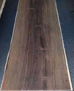 ︎ 【店内MUKU ten.のご紹介】 ウェンジ一枚板 黒く穏やかに沈んだ色調と独特の繊細な木目が美しいウェンジ。 木目が細かく、ゆっくりと時間をかけて育っているためとても重硬です。 pic2、3はサイズや形が似た ウェンジ一枚板テーブルの納品事例です。 塗装後は更に存在感があり、どっしりとした印象を与えてくれます。 店内のMUKU ten.在庫については、お電話;0545-51-8700もしくは、InstagramのDMにてお気軽にお問い合わせください!詳細情報お知らせいたします。 火水木は定休日。 次回は5/1(金)11:00〜17:00でオープンいたします。 家具打合せのご来店は事前のご予約をお願いいたします。 ・ ・ 〈ご予約可能時間帯〉 ①11:00〜12:30 ②13:00〜14:30 ③15:00〜16:30